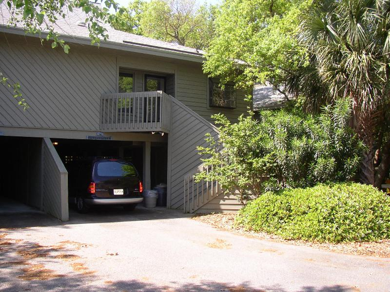 Front of house - Edisto Beach and Golf Getaway - Edisto Beach - rentals