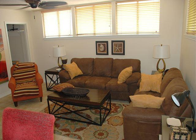 Apt.,Near 61st Street, Sleeps 2-10, Wi-Fi - Image 1 - Galveston - rentals