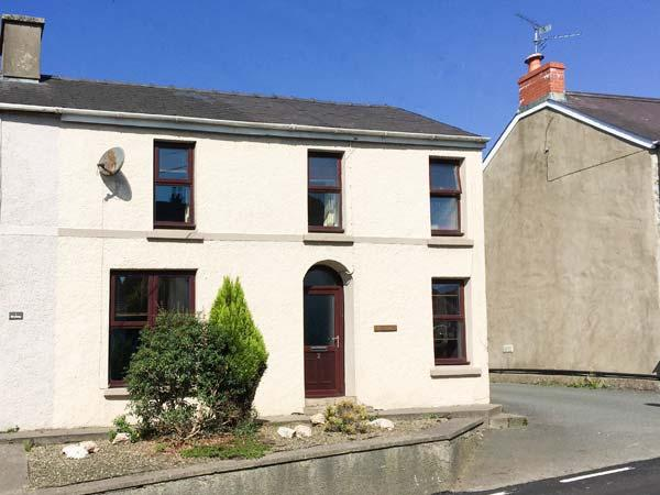 BRYNTEG COTTAGE, semi-detached, open fire, WiFi, pet-friendly, nr Narberth, Ref - Image 1 - Templeton - rentals