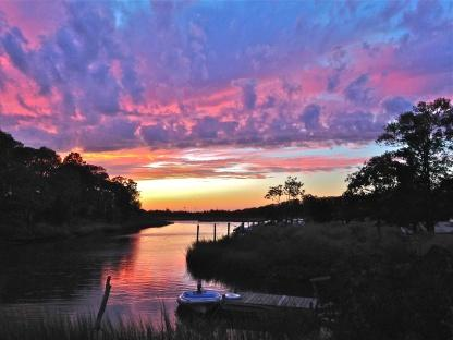 Magical waterfront setting, kayak or walk to beach - Image 1 - East Hampton - rentals