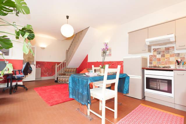Ana's Cottage - Image 1 - Bristol - rentals