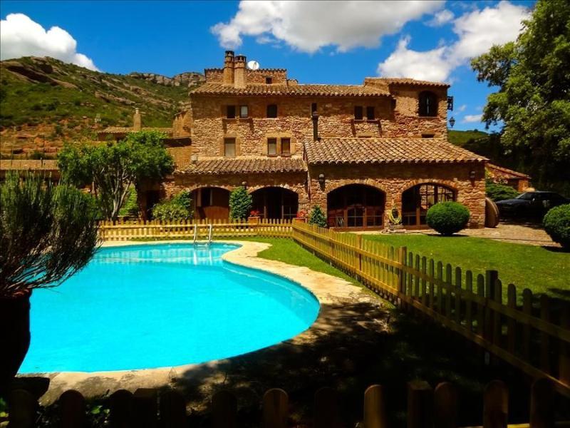 Masia Sant Llorenç for 18 guests in the hills of a national park - Image 1 - Sant Llorenc Savall - rentals