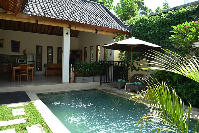 Dive into Villa Mewali. It's not just the pool that's inviting; the whole place is. - Villa Mewali - private 2 bedrooms with pool. - Sayan - rentals