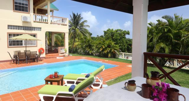 Elevated 5 Bedroom, 4.5 Bathroom villa overlooking a golf course and the sea - Image 1 - Cap Estate - rentals