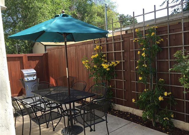 Downtown Alley Patio - Downtown Combo - Paso Robles - rentals