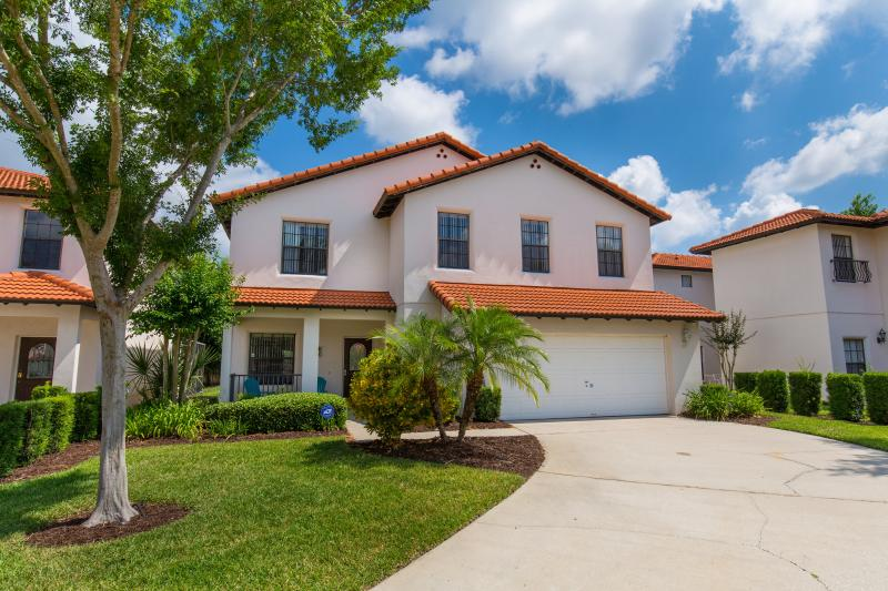 Welcome to Sandy Point Villa, your home away from home!  - Affordable 4 BR Luxury Villa Pool/Spa Games Disney - Clermont - rentals
