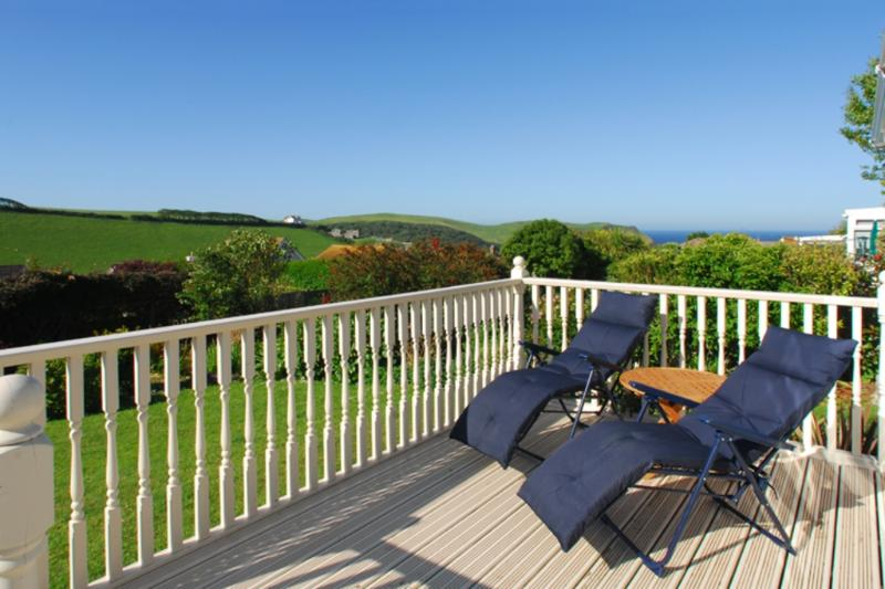 Spindrift located in Hope Cove, Devon - Image 1 - Salcombe - rentals