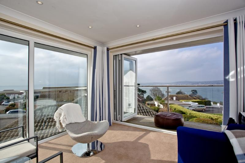 Paddock House located in Torquay, Devon - Image 1 - Torquay - rentals