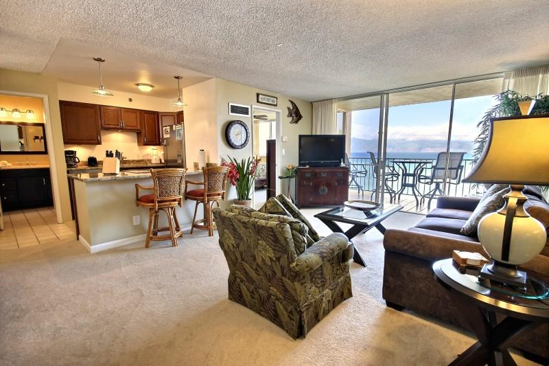 Spacious living room- Open floor plan - Awesome View -1 Bedroom Ocean Front Remodeled Unit - Lahaina - rentals