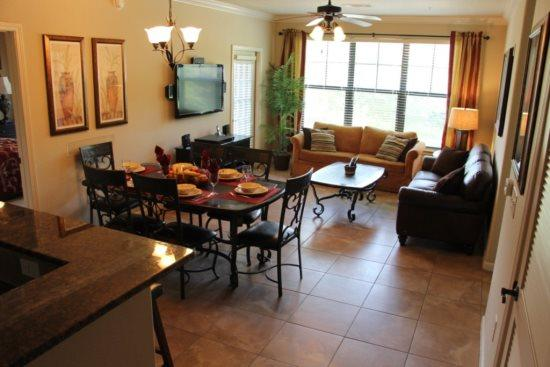 3 Bed 3 Bath Condo in Bella Piazza Resort. 902CP-623 - Image 1 - Orlando - rentals