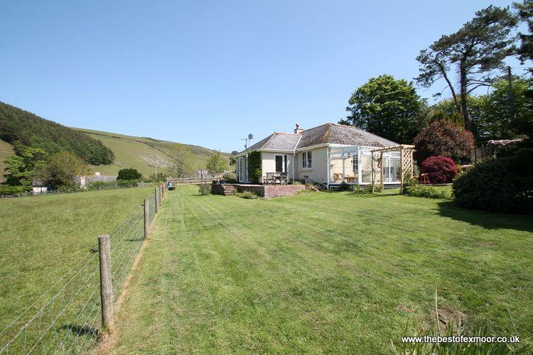Oare Water Cottage, Malmsmead - Sleeps 4 - Exmoor National Park - Secluded location in beautiful setting - Image 1 - Oare - rentals