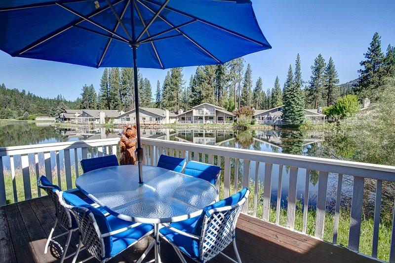 #29 ASPEN On the Pond! $225.00-$260.00 BASED ON DATES AND NUMBER OF NIGHTS. (plus county tax, SDI,Cleaning Fee and processing fee) - Image 1 - Graeagle - rentals