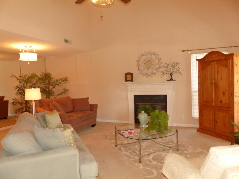 Beautifully Decorated Home...Min. from Nashville - Image 1 - Nashville - rentals