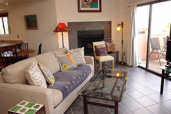 Living room - Ventana Vista 2179 - Tucson - rentals