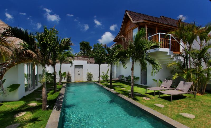 Villa Riva, with Long Pool Central Oberoi seminyak - Image 1 - Seminyak - rentals