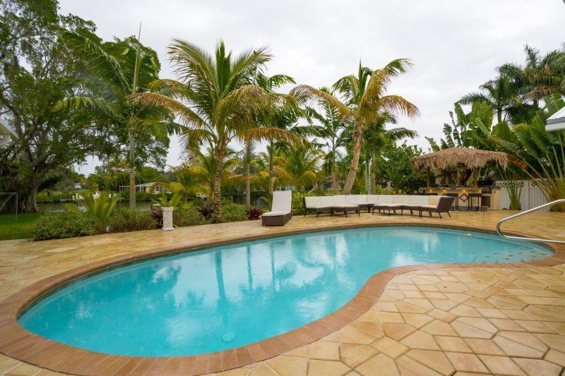 Riverfront Cottage - Image 1 - Sarasota - rentals