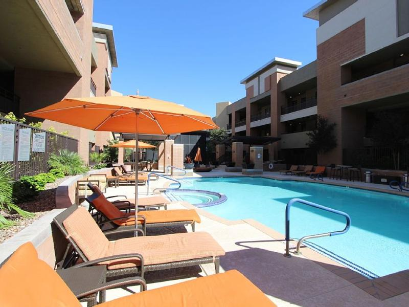Relaxing heated pool....always steamy at 84 degrees. - Urban Old Town 2BD...Huge Floor Plan...Quiet - Scottsdale - rentals