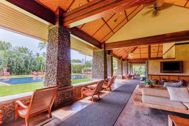 Aina Nalu Resort's beautiful pavilion and large saline pool with jacuzzi spa tub. - Aina Nalu Resort C-202 - Lahaina - Lahaina - rentals