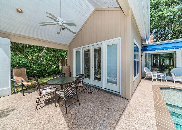 Folly Field 44, Private Pool, 5 Bedrooms, Walk to Beach, Sleeps 12 - Image 1 - Hilton Head - rentals