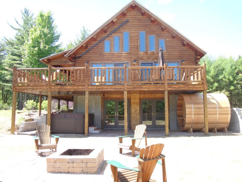 Grand Pines Log Lodge, Breathtaking Views, Near Whiteface & Lake Placid - Image 1 - Upper Jay - rentals
