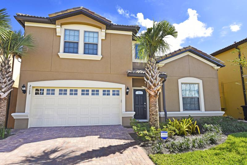 New 8 Bedroom Home from  285 night near Disney! - Image 1 - Orlando - rentals