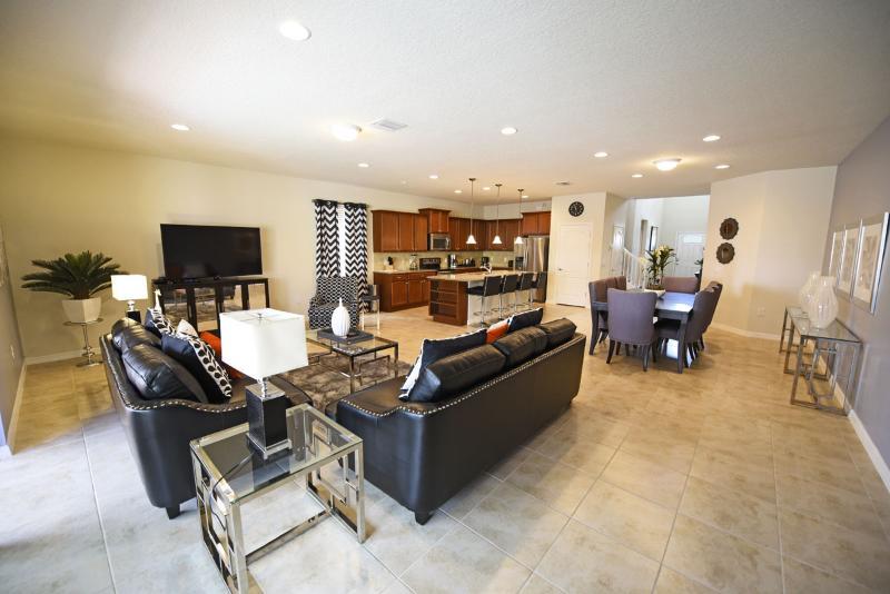 New 8 Bedroom Home from  285 night near Disney! - Image 1 - Orlando - rentals