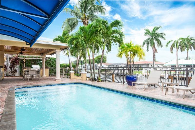 Palm Villa: New Remodel / Waterfront / Salt Water Pool! - Image 1 - Pompano Beach - rentals
