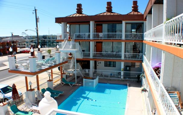 Outdoor Pool - Tuscany 209 - Tuscany 209 - 1 Block to Boardwalk! - North Wildwood - rentals