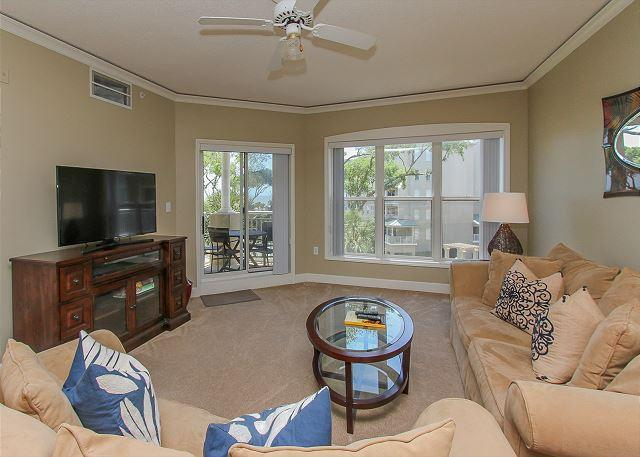 Living Area - 6304 Hampton Place-Oceanfront! Available weeks 8/6 & 8/27 week - Bluffton - rentals