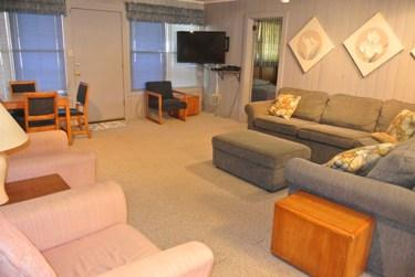 Up den - BARNETT HSE UP OR DN -7 BED/3BA  OR 7 BED & 3 BED - North Myrtle Beach - rentals