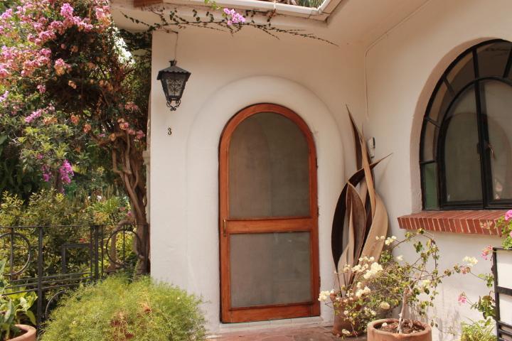 Villas Bellavista Ofrece: Villa El Nido. Villas Bellavista offers: Villa El Nido - Villa El Nido-Fabulous Vintage Mexican Style Casit - Cuernavaca - rentals