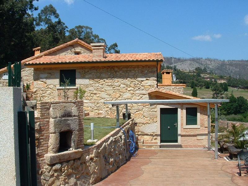 Cozy, peaceful holiday home in Rías Baixas - Image 1 - Moana - rentals