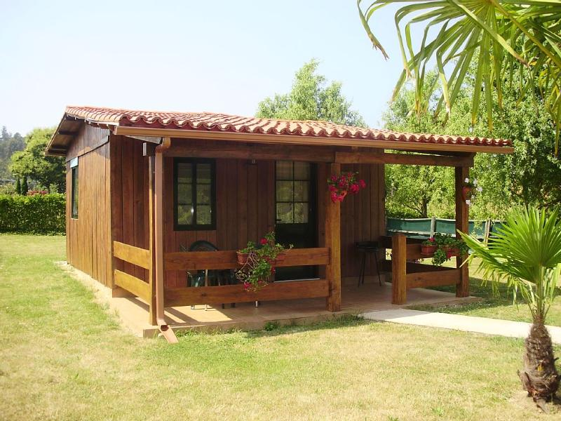 Lovely, cozy bungalow in a peaceful setting near Coruña and Ferrol - Image 1 - Bergondo - rentals