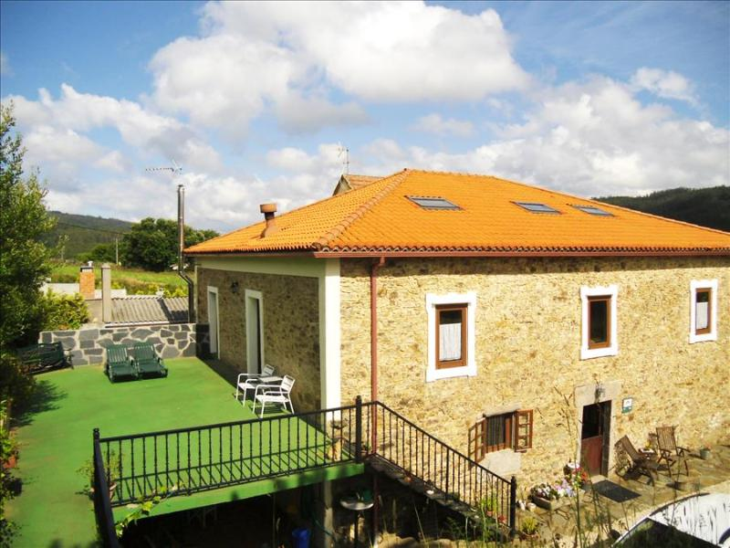 Lovely, large rural house close to Cedeira - Image 1 - Cedeira - rentals
