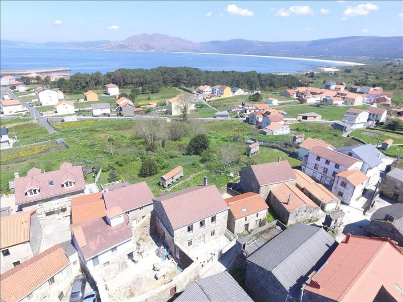 Lovely stone house just 700m from the beach - Image 1 - Carnota - rentals