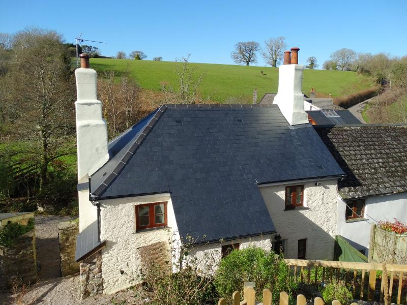 Meadow Brook Cottage - Image 1 - Totnes - rentals