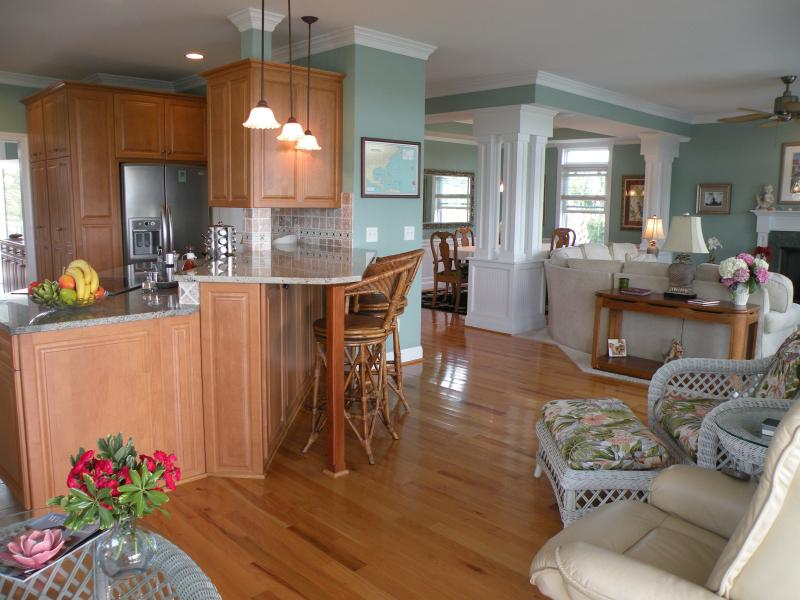 Wrightsville Beach - Luxury Waterfront Home - Image 1 - Wrightsville Beach - rentals