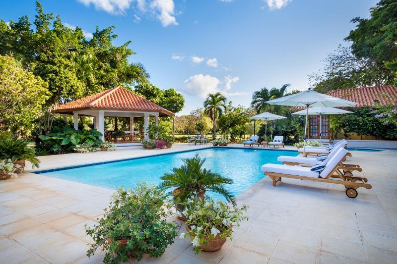 Elegant and Amazing Golfview 5 Bedroom Villa - Image 1 - Altos Dechavon - rentals