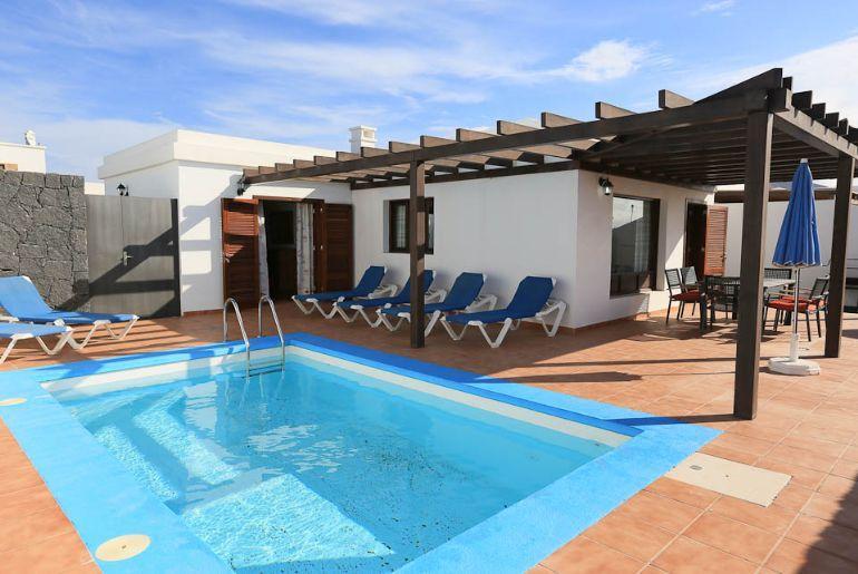 Villa Pepe 2037 - Image 1 - Playa Blanca - rentals