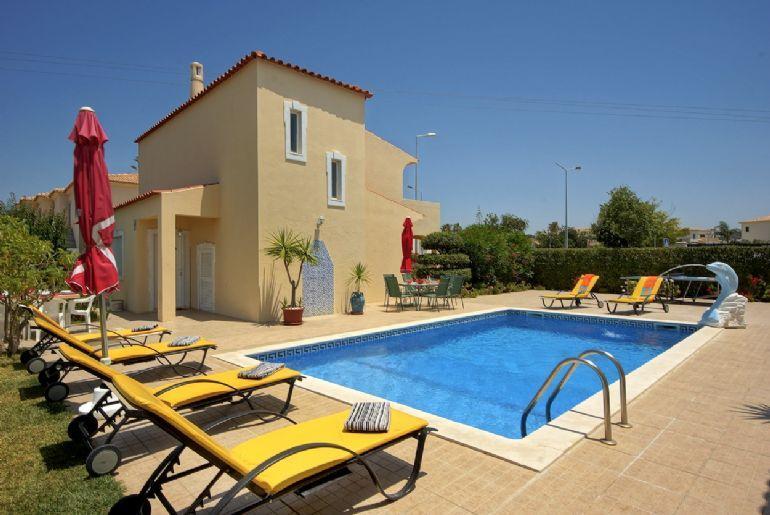 Villa Girassol 2209 - Image 1 - Patroves - rentals
