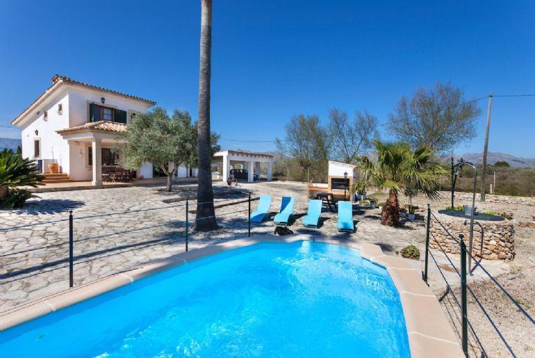 Edu Beach Villa 2249 - Image 1 - Port de Pollenca - rentals