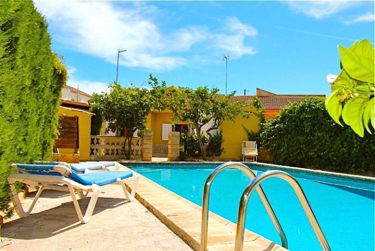 Beach Villa Miguel 2323 - Image 1 - Ca'n Picafort - rentals