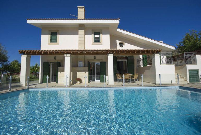 Villa Rhodia 2449 - Image 1 - Steni - rentals