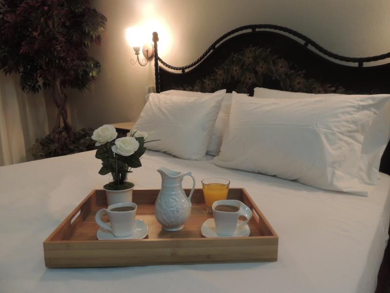 COUPLES ROOM - Habitación para 1 ó 2 personas - Image 1 - Toa Baja - rentals