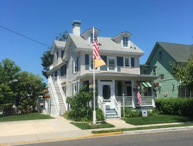CLOSE TO BEACH AND TOWN 123265 - Image 1 - Cape May - rentals