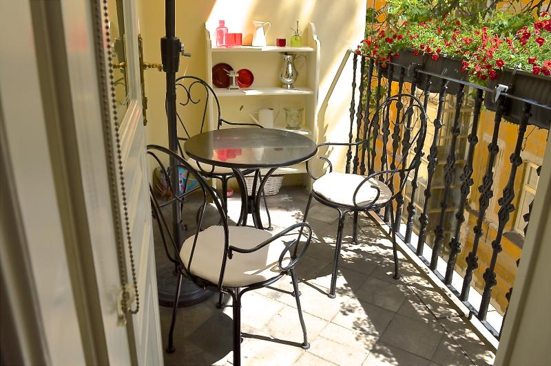 Balcony, south facing, a lot of natural light and sunshine. - SPECIAL OFFER feb/march-Character, Style, Apt with Balcony in Old Town BOOK NOW! - Prague - rentals