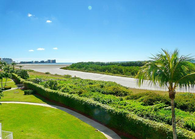 Beachfront condo w/ heated pool & wraparound balcony w/ unmatched views - Image 1 - Marco Island - rentals