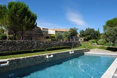Perfect Family Home With Stunning Views - Luberon, France - Image 1 - Cabrieres-d'Avignon - rentals