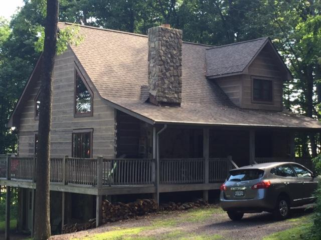 Front of cabin - Wonderful Upscale Cabin at Deep Creek Lake. - Oakland - rentals