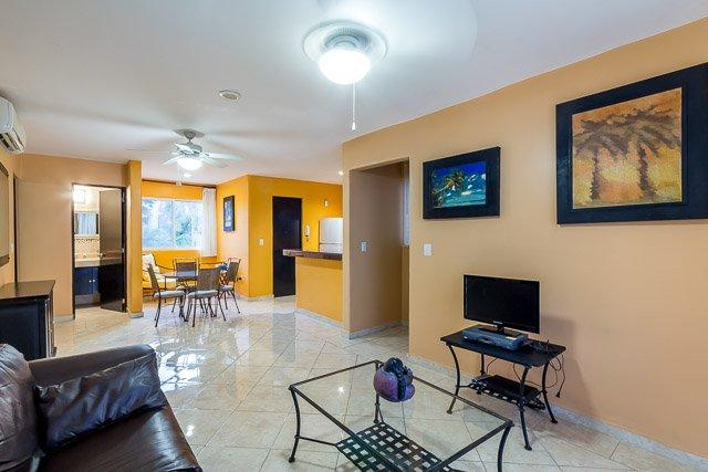 Casa Los Lirios - Gated Neighborhood, Convenient to Beaches and Downtown - Image 1 - Playa del Carmen - rentals